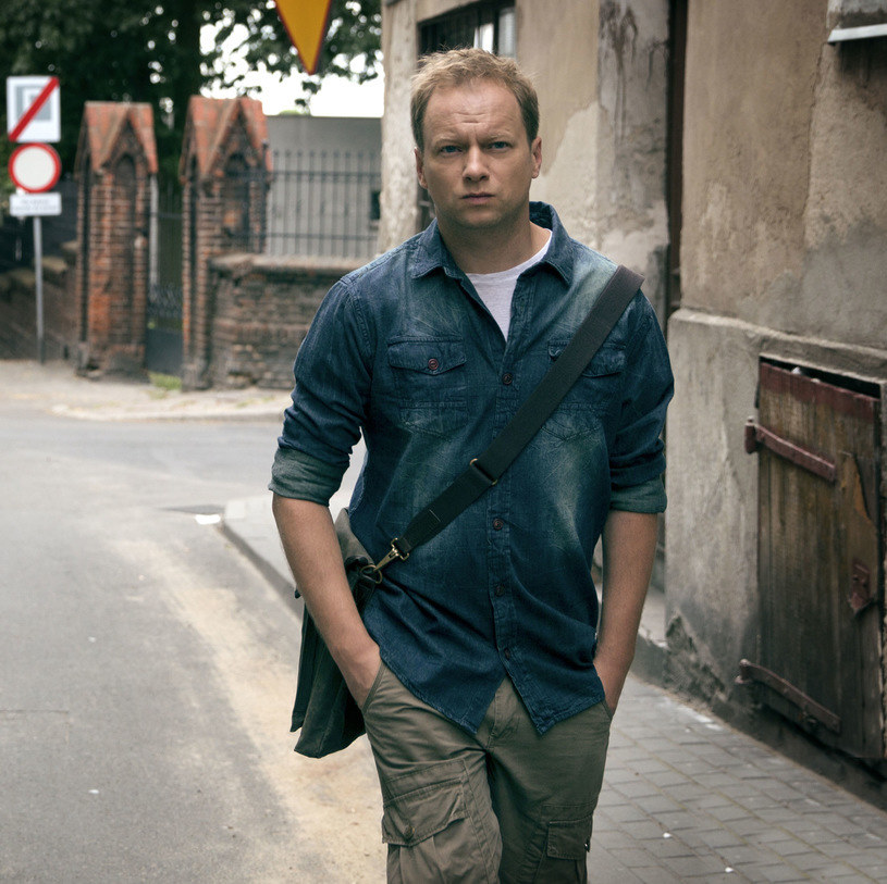 """Maciej Stuhr w serialu """"Belfer"""" /Canal+"""