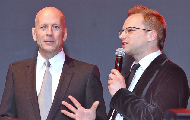 Maciek Stuhr i Bruce Willis, fot. Andras Szilagyi  /MWMedia