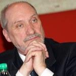 Macierewicz: Lasek donosi na Anodinę. Szkoda, że tak późno