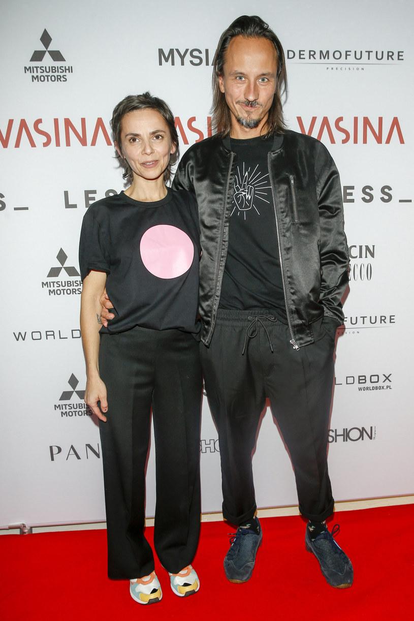 Maćkowiak od lat jest mężem Vasiny - projektantki gwiazd /Podlewski /AKPA