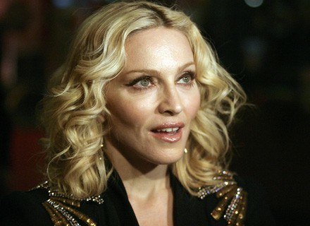Madonna nie pozwala przesiadywać dzieciom przed komputerem /AFP