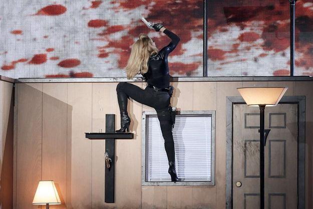 Madonna podczas występu we Francji /AFP