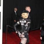 Madonna świeci pupą na Grammy!