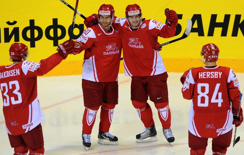 Mads Christensen (drugi z lewej) /AFP
