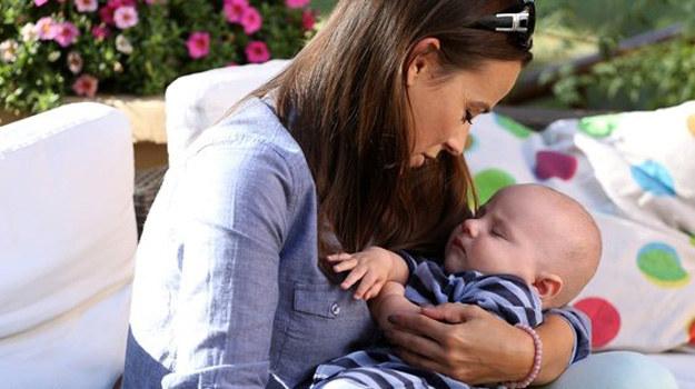 Magda bardzo chciałaby zostać mamą. Czy wspólnie spędzona noc zaowocuje maleństwem? /www.mjakmilosc.tvp.pl/