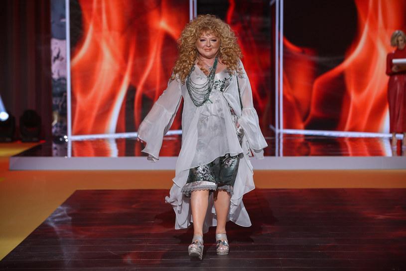Magda Gessler jest fanką odważnych butów na platformie /Kamil Piklikieiwcz /East News