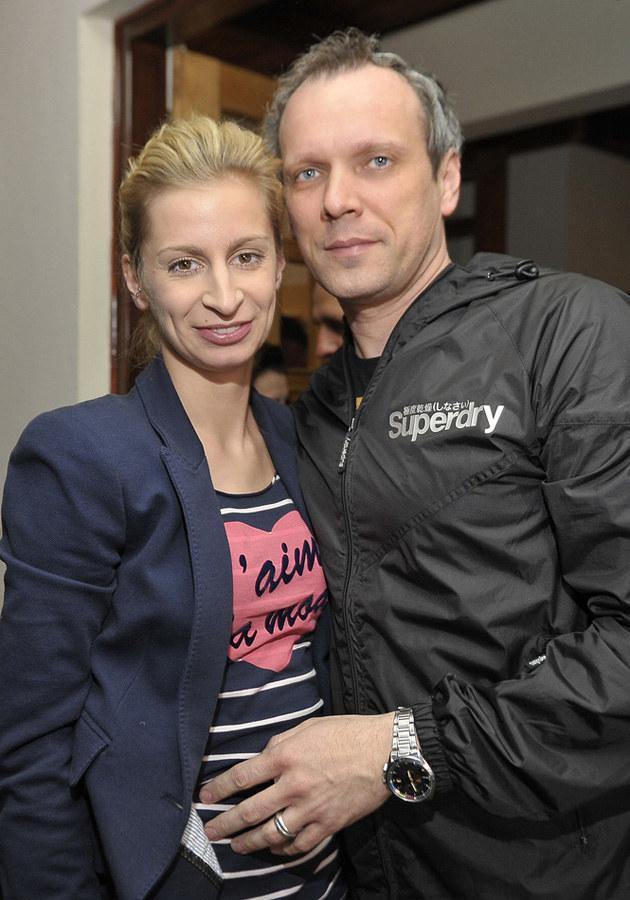 """Magda Schejbal z reżyserem """"Szpilek..."""" Robertem Wichrowskim /Kurnikowski /AKPA"""