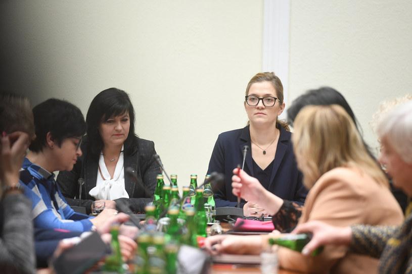 Magdalena Biejat podczas posiedzenia komisji /Jacek Dominski/ /Reporter