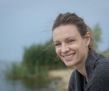 Magdalena Boczarska jako kobieta wychodząca z traumy