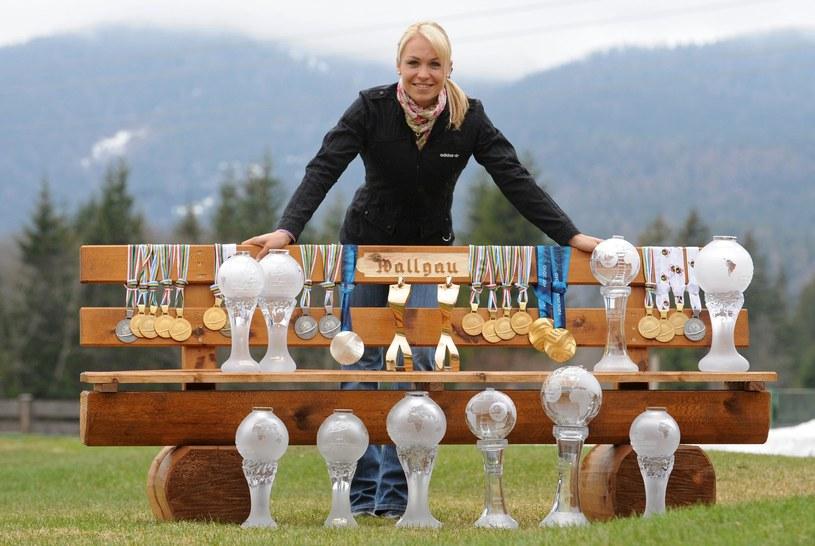 Magdalena Neuner niespodziewanie zakończyła sportową karierę /AFP
