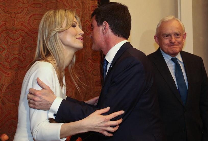 Magdalena Ogórek i premier Francji Manuel Valls /Rafał Guz /PAP