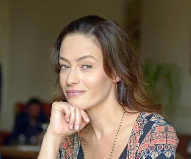 Magdalena Różczka jako szalona pogodynka