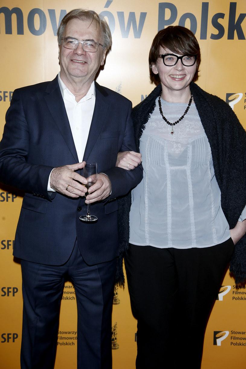 Magdalena Sroka i Jacek Bromski podczas wręczania Nagród Stowarzyszenia Filmowców Polskich (grudzień 2015) /AKPA