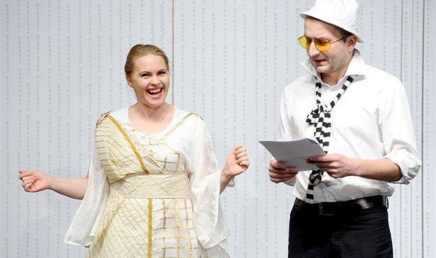 Magdalena Stużyńska i Robert Górski podczas prób nowego programu Kabaretu Moralnego Niepokoju /Agencja W. Impact