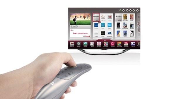 Magic Remote - nowa wersja pilota sprawdza się dobrze, szczególnie przy korzystaniu z funkcji Smart TV /materiały prasowe