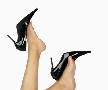Magiczny sposób na nadanie blasku twoim butom