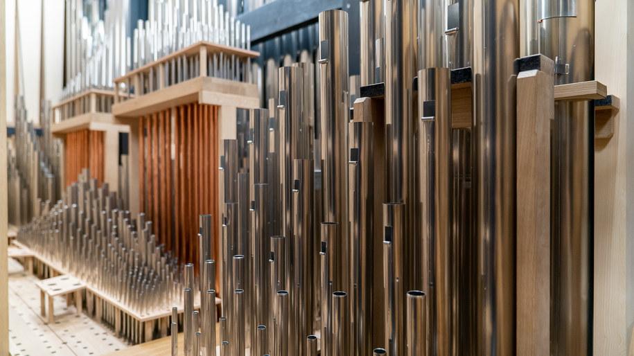 Mają 4 700 piszczałek, 14 metrów wysokości i ważą 30 ton. Ograny Narodowego Forum Muzyki we Wrocławiu są gotowe do gry /materiały prasowe /