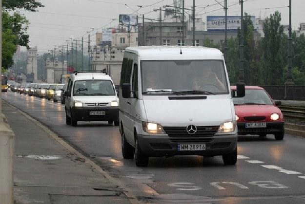 Mają komunikacyjny problem, busy jeżdżą rzadko i tylko do określonej godziny / fot. P. Grzybowski /Agencja SE/East News