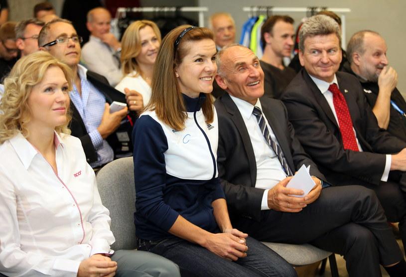 Maja Włoszczowska (druga z lewej) /Marek Szymański /PAP