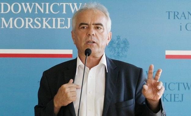 Majątek byłego wiceministra transportu pod lupą CBA /Paweł Suparnak /PAP