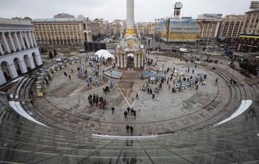 Majdan świętuje. W Charkowie strzały