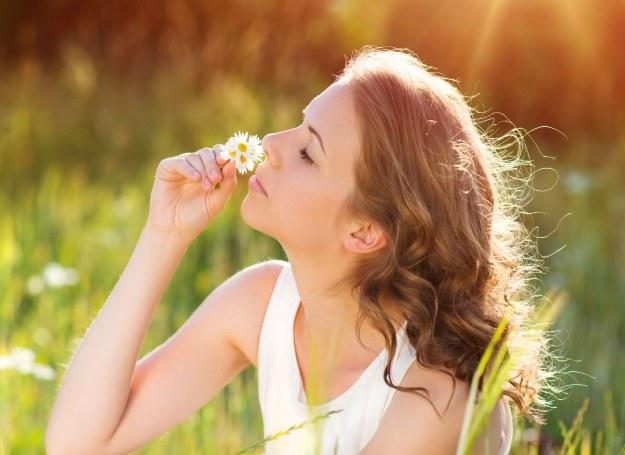 Majówka na łonie przyrody? Uważaj na słońce! /123RF/PICSEL