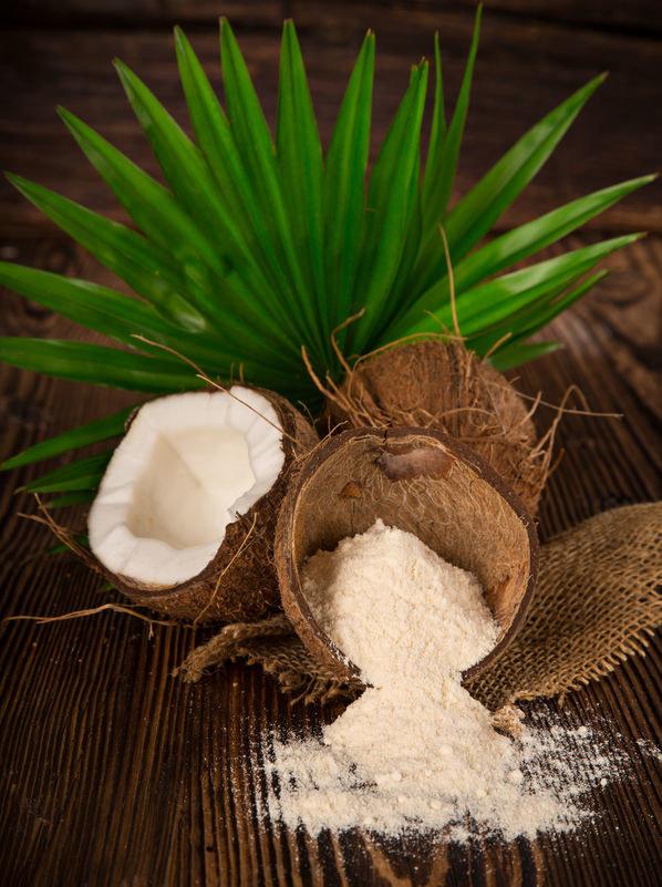 Mąka z miąższu kokosa /©123RF/PICSEL