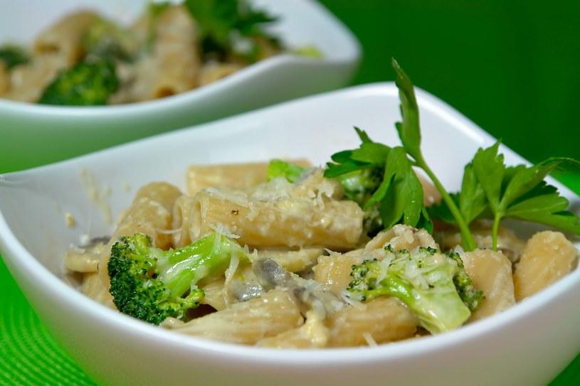 Makaron z brokułami /123RF/PICSEL