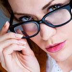 Makijaż dla osób noszących okulary