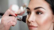 Makijaż, który zapobiega błyszczeniu się skóry,ale jej nie wysusza