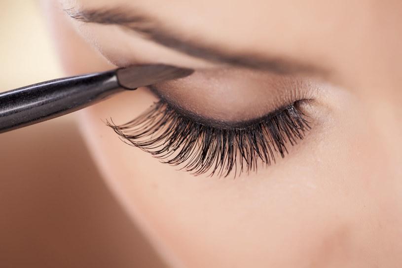 Makijaż oka /123RF/PICSEL