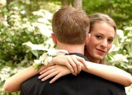 Makijaż ślubny dobierasz indywidualnie do siebie /ThetaXstock