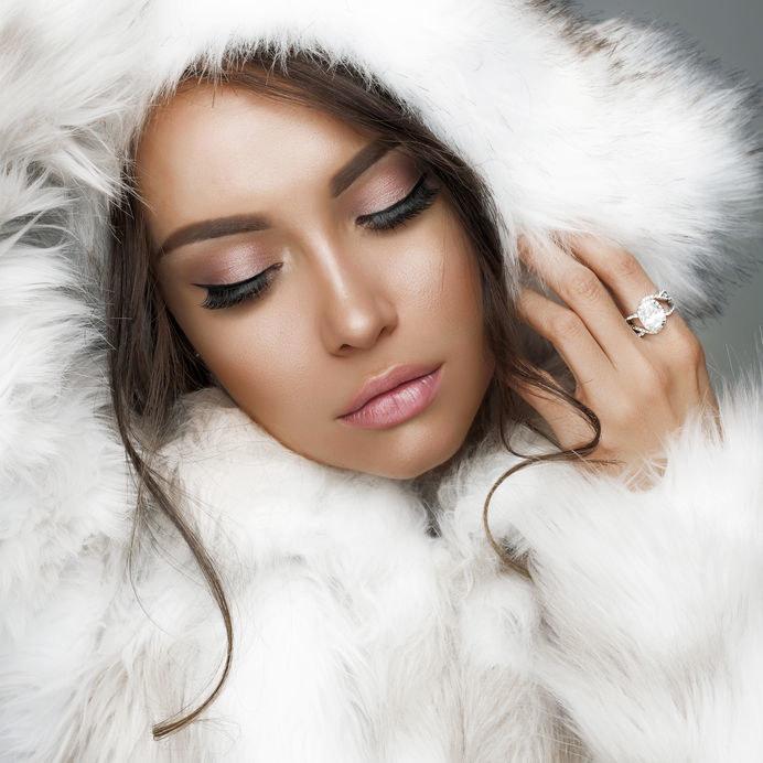 Makijaż zimą /©123RF/PICSEL