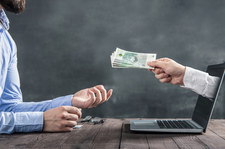 Mała skala wyłudzeń z tarcz finansowych