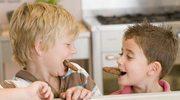 Małe dzieci jedzą za dużo soli i cukru