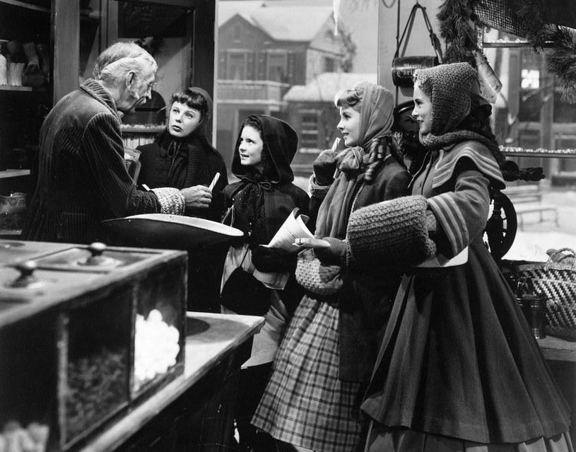 """""""Małe Kobietki"""" - ekranizacja z 1949 roku, w reżyserii Mervyn LeRoy /Album /East News"""