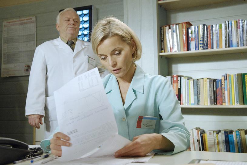 "Małgorzata Foremniak i Marian Opania w serialu ""Na dobre i na złe"" (2008) /AKPA"