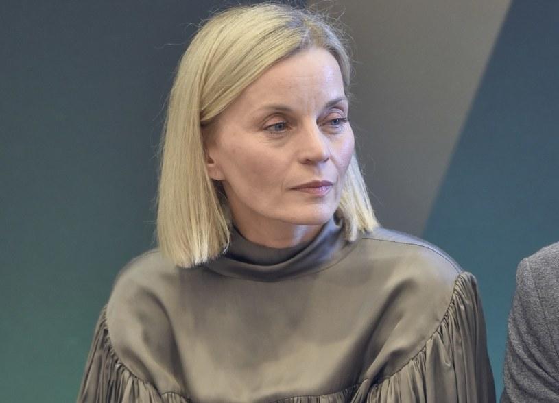 Małgorzata Foremniak w Gdyni postawiła na oversize'ową kreację /Kurnikowski /AKPA