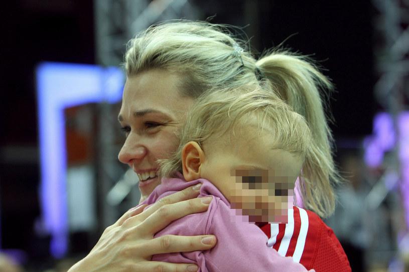 Małgorzata Glinka-Mogentale z córką /Jan Kucharzyk /East News