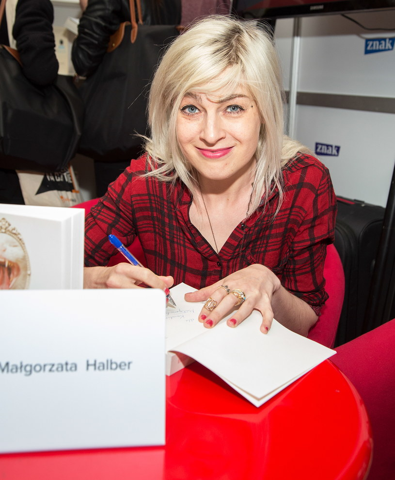Małgorzata Halber na targach książki /Luka Lukasiak /Agencja FORUM