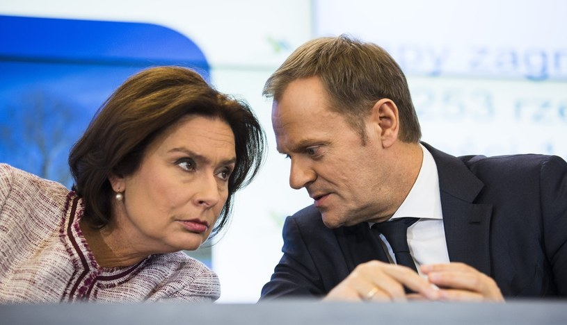 Małgorzata Kidawa-Błońska i Donald Tusk. /Andrzej Hulimka  /Reporter