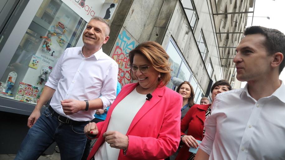 Małgorzata Kidawa-Błońska razem ze swoim sztabem /Wojciech Olkuśnik /PAP