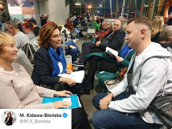 Małgorzata-Kidawa Błońska w drodze do Londynu /Twitter