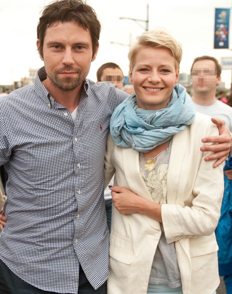 Małgorzata Kożuchowska i jej mąż Bartłomiej Wróblewski wychowują razem syna Jana /Adam Chelstowski /Agencja FORUM