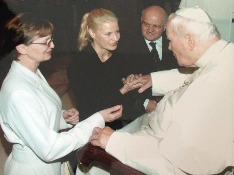 Małgorzata Kożuchowska podczas audiencji u papieża Jana Pawła II. /Facebook/MalgorzataKozuchowska /materiały prasowe