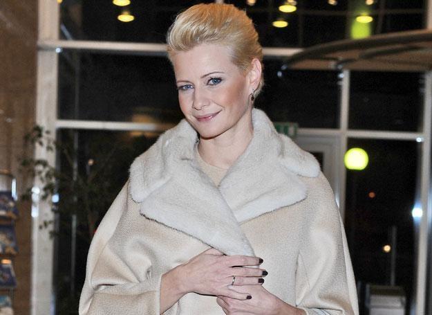 Małgorzata Kożuchowska w płaszczu z wełny wielbłąda albinosa / fot. A. Szilagyi /MWMedia
