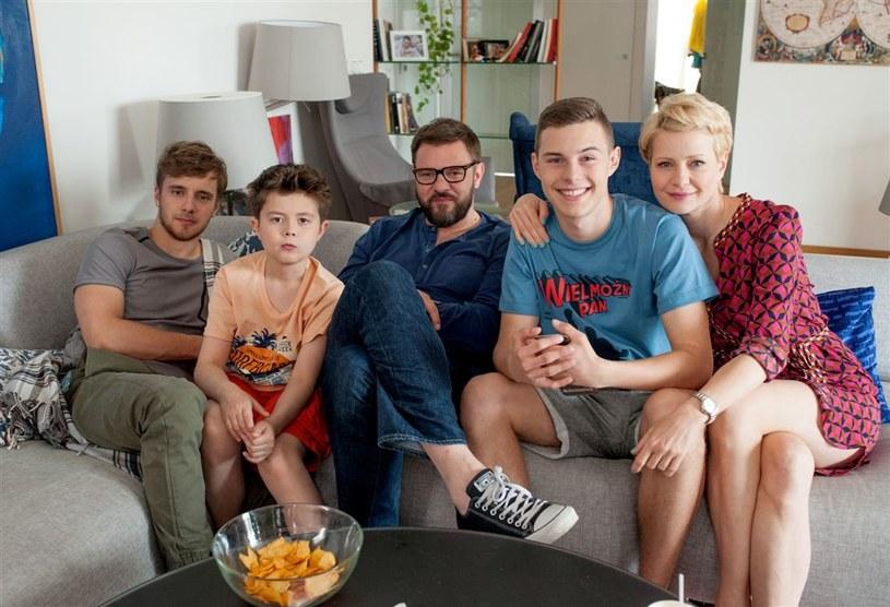 """Małgorzata Kożuchowska z ekipą """"rodzinki.pl"""" /Agencja W. Impact"""