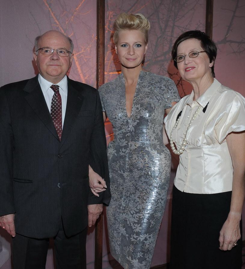 Małgorzata Kożuchowska z rodzicami, 2009 rok /Andras Szilagyi /MWMedia