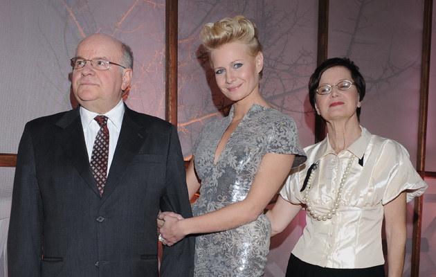 Małgorzata Kożuchowska z rodzicami /Andras Szilagyi /MWMedia