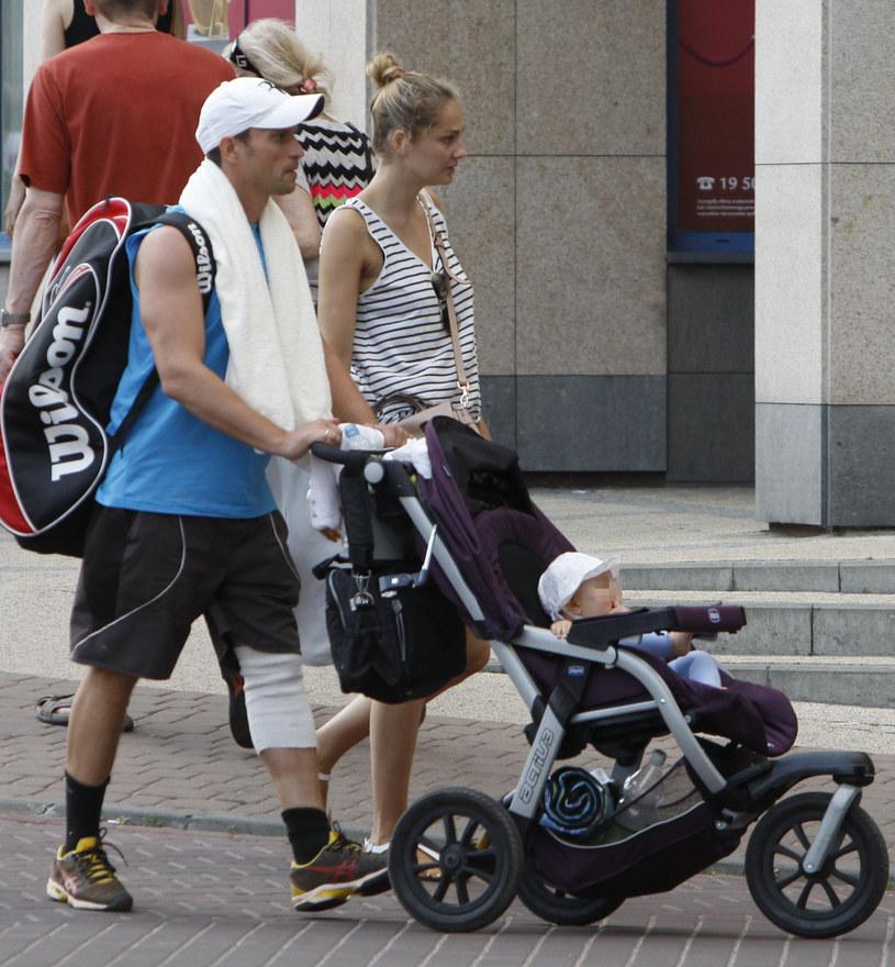 Małgorzata Socha każdą wolną chwilę stara się spędzać z rodziną /Foto IP